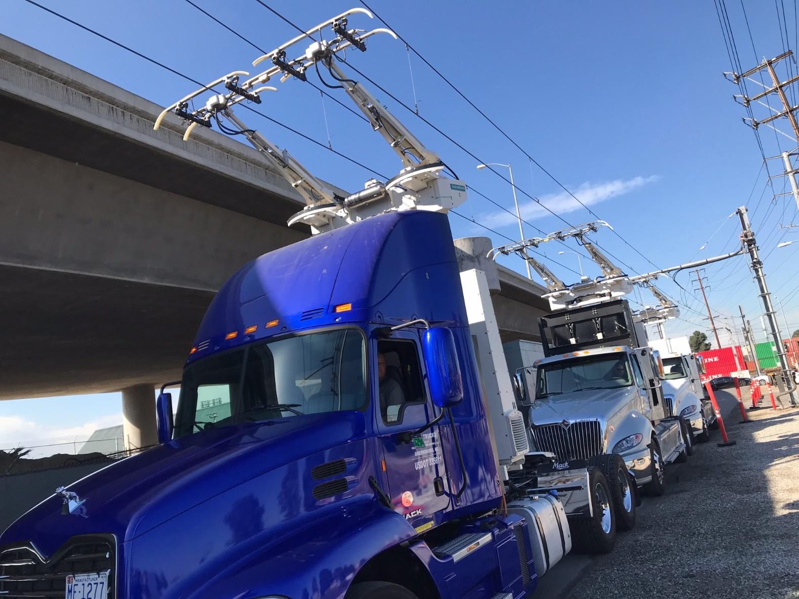 Trucks-eHighway