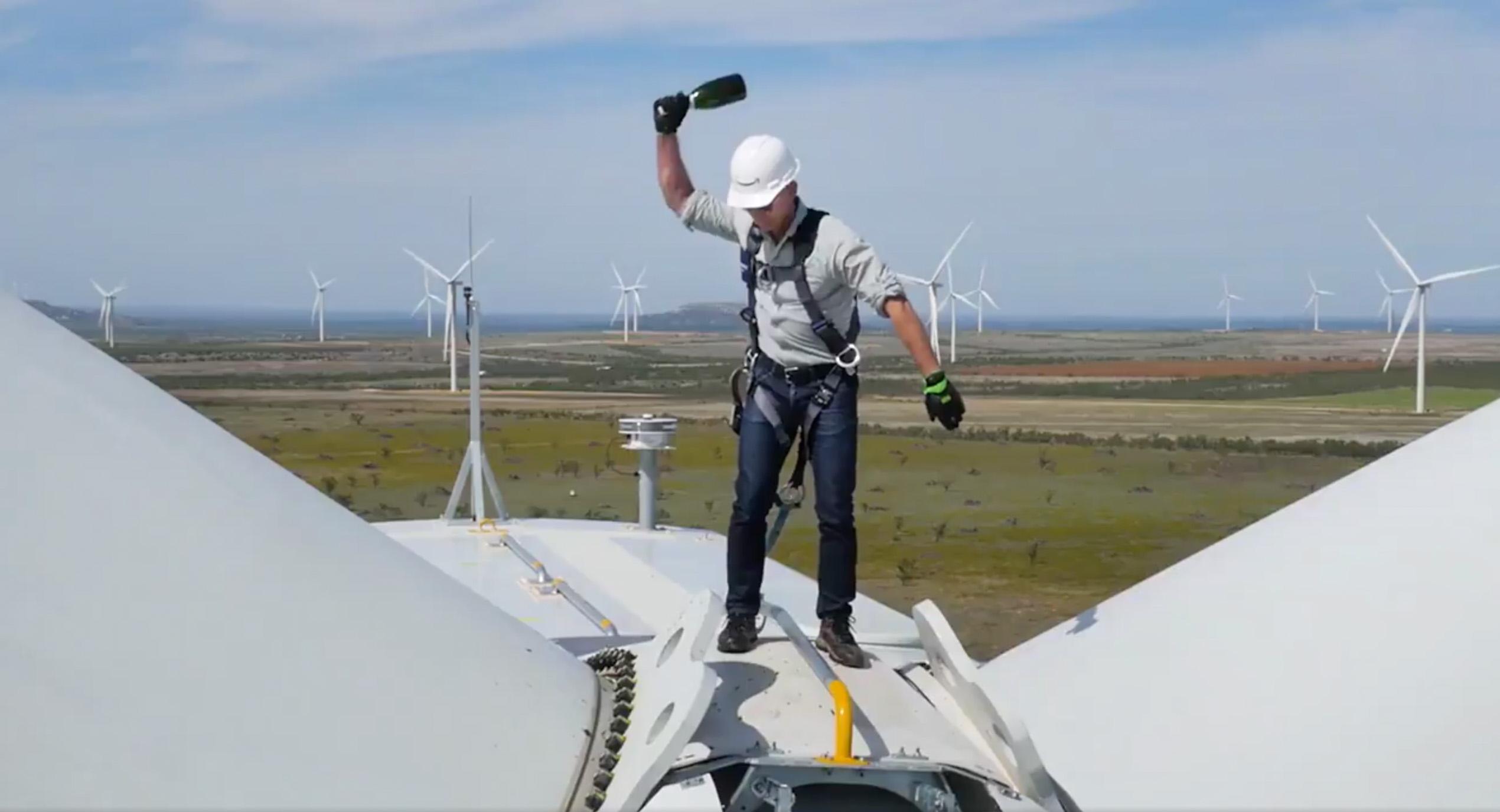 Jeff_Bezos_Wind_Farm_3.jpg