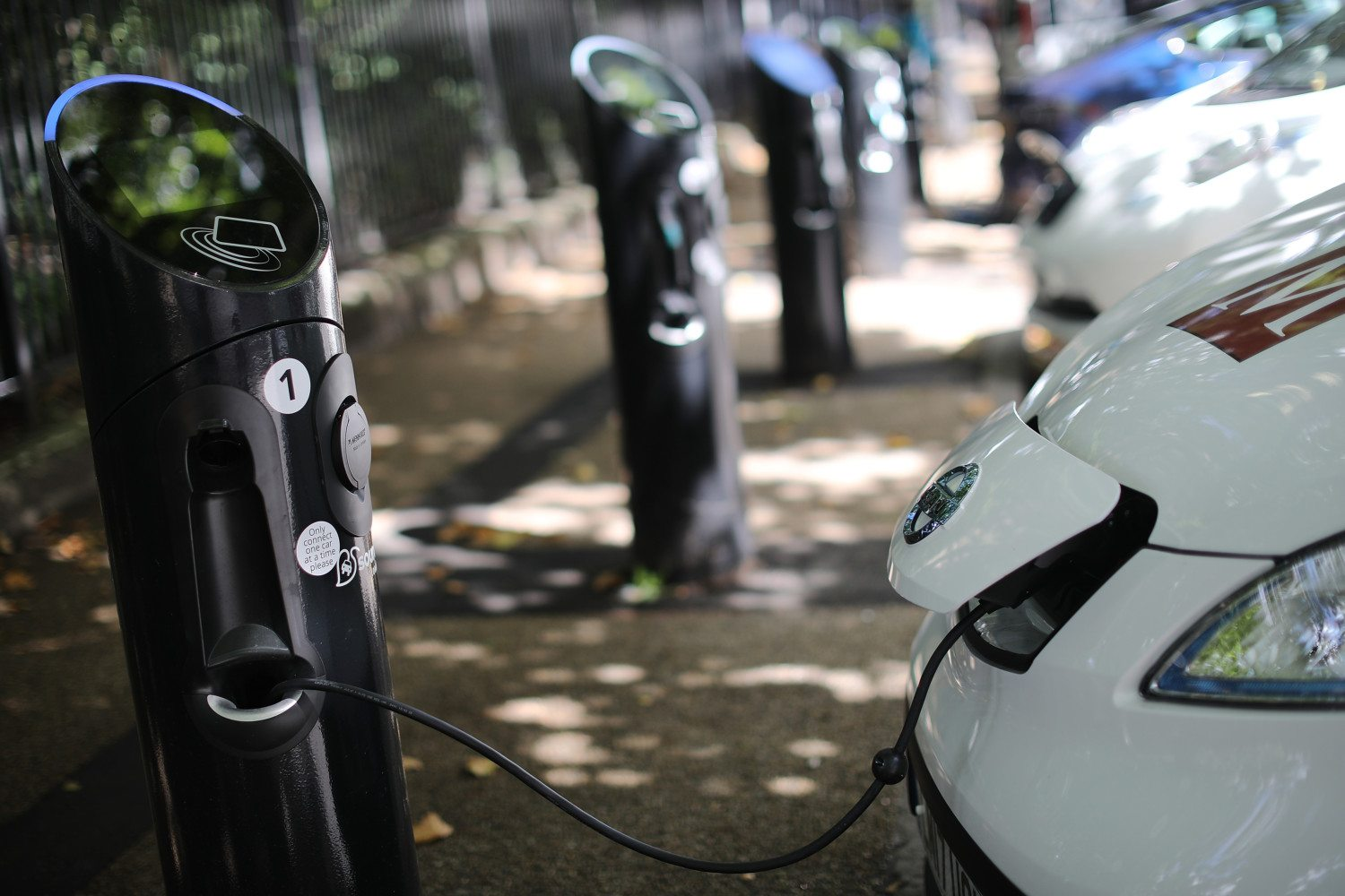 833638478_electric-car-charging-station
