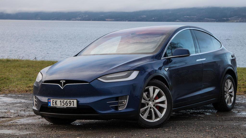 Tesla-Model-S-in-Norway-via-AS-24