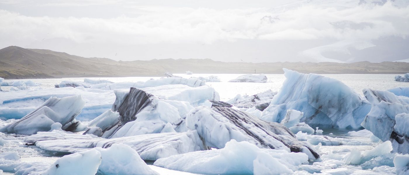 ice-690964_1920-1400x600