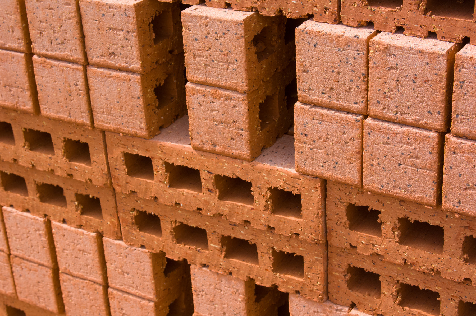 20070530dtp332-building-a-brick-wall-5