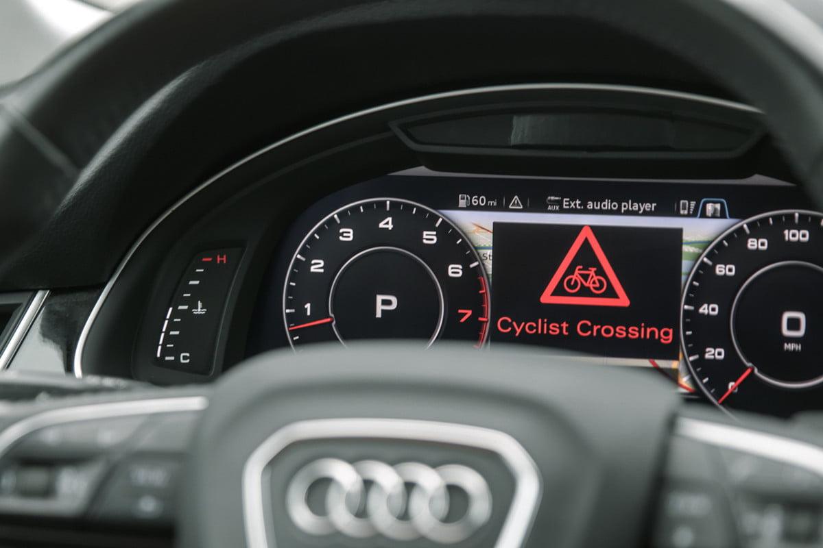 c-v2x-bike-crossing-1200x9999