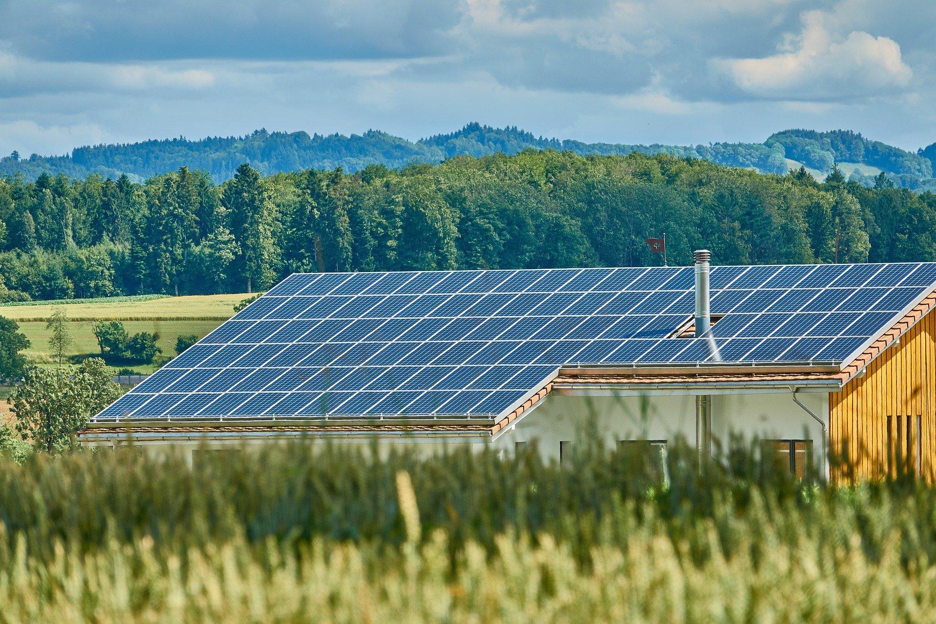 rooftop-solar-giant