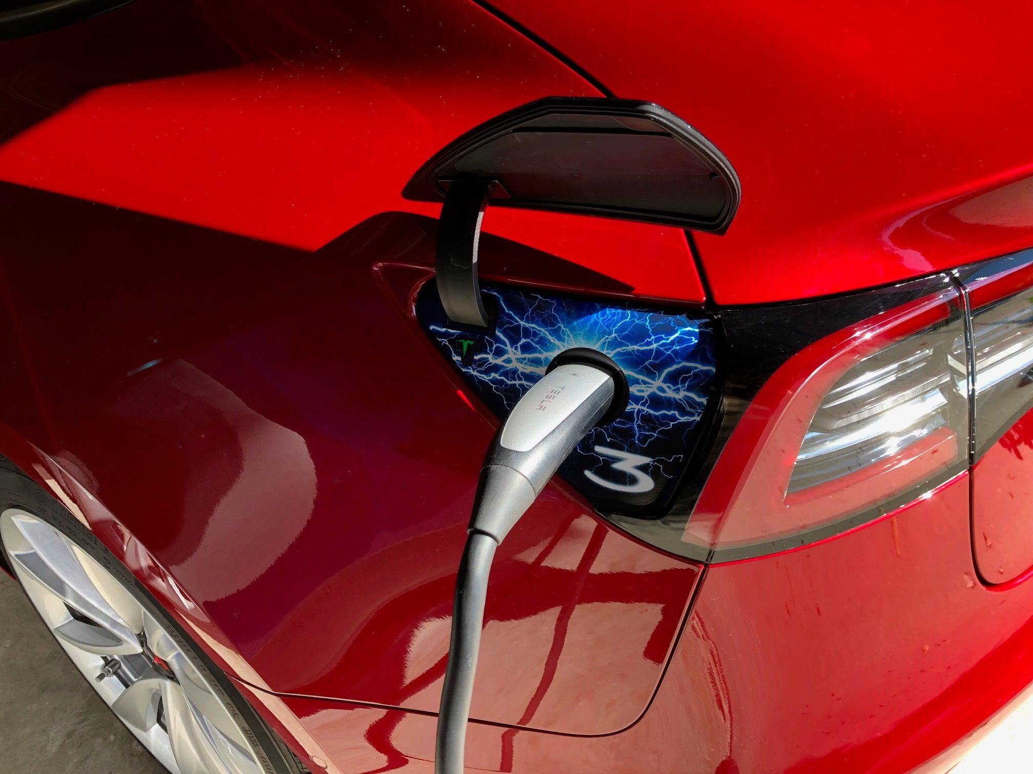 Tesla-Model-3-charging-port