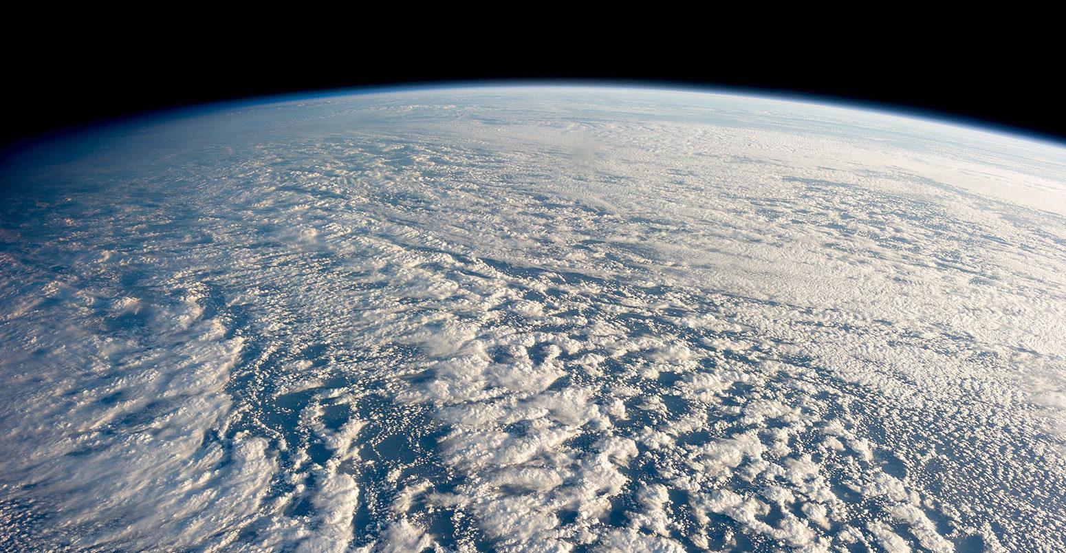 stratocumulus-Clouds-pacific-ocean-1550x804