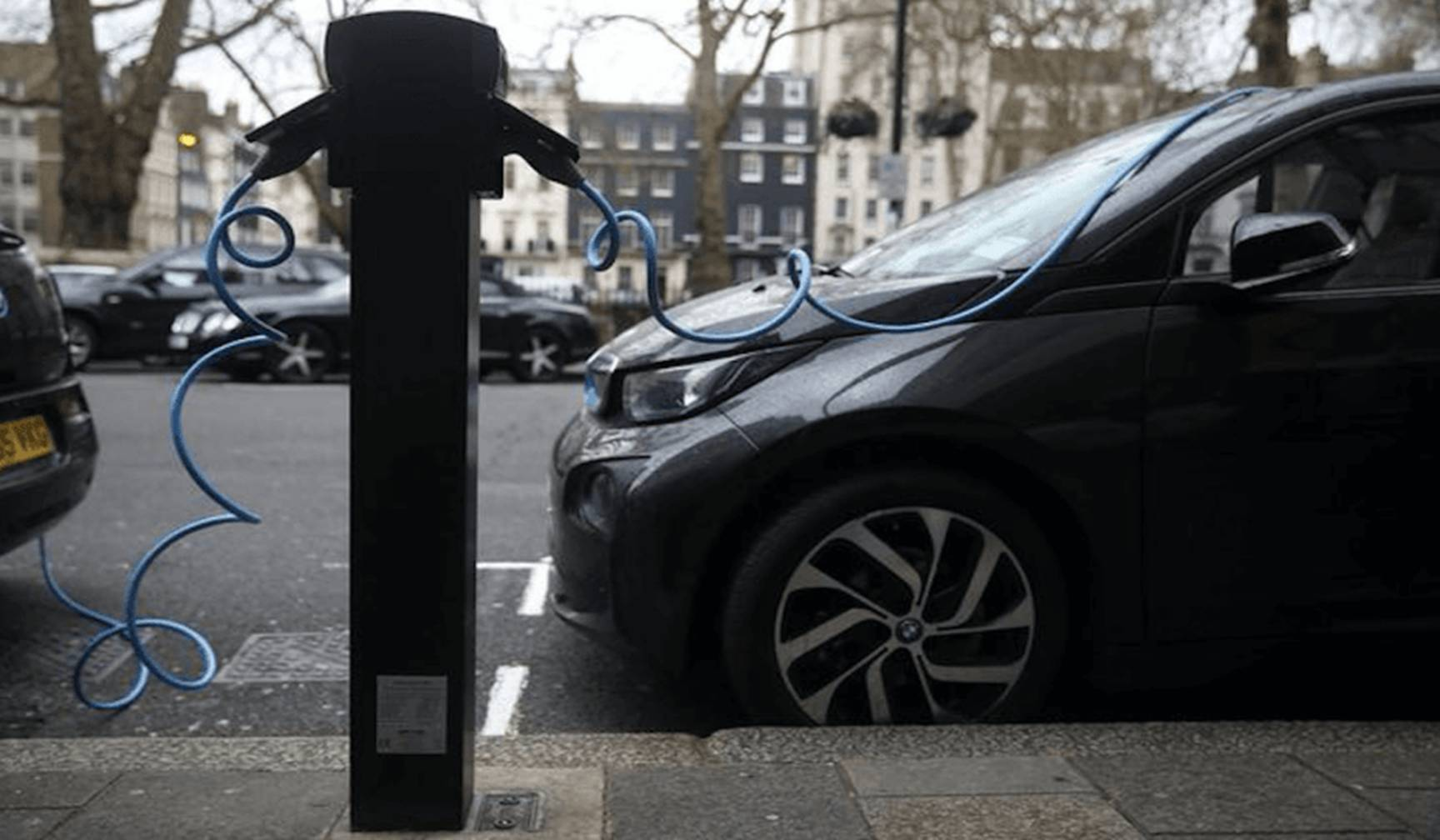 UK-provides-more-than-lakhs-of-dollor-for-electric-vehicle-battery-