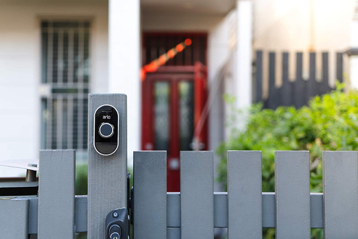 arlo-smart-home-security-kit-with-an-arlo-pro-camera-3