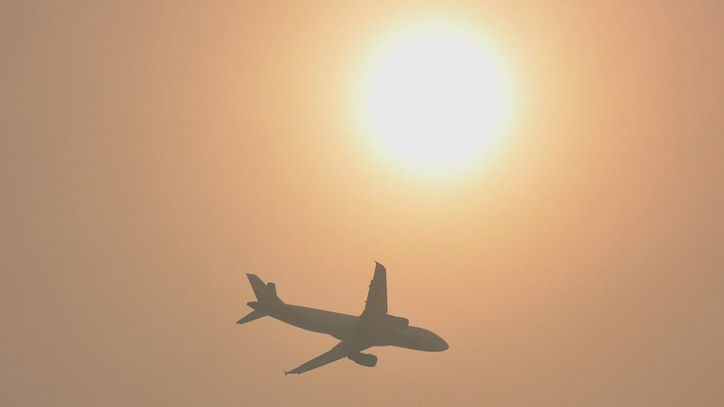 plane-in-haze